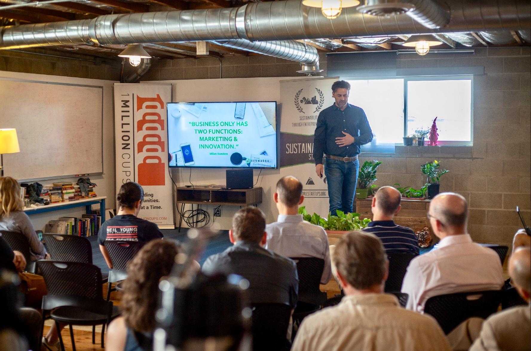 Eric Dahl presenting the 4 Step Marketing Plan for Entrepreneurs. Aug. 15, 2018 (photo credit C. Federer)