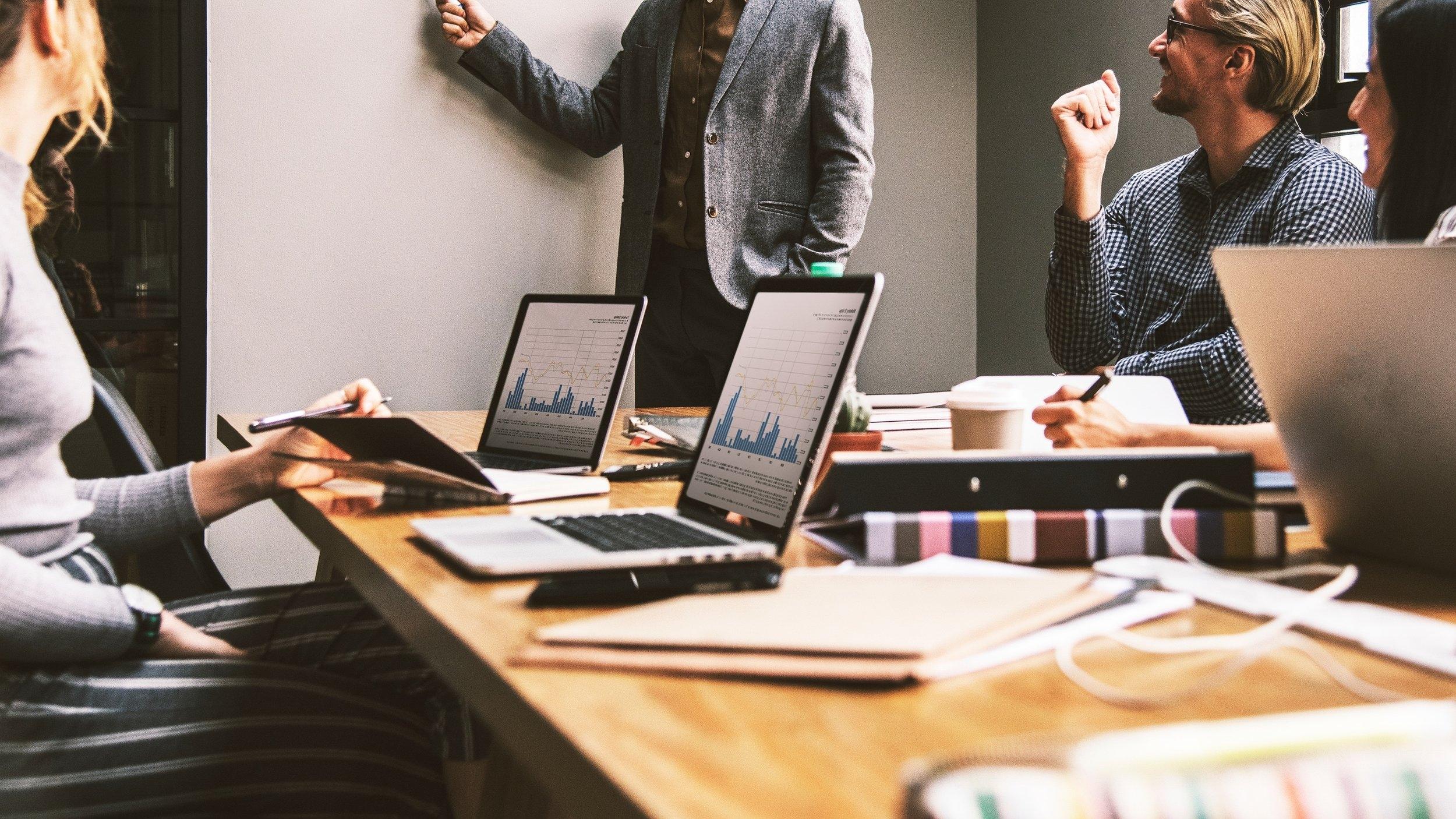 5 Reasons Why a Fractional CMO Makes Sense.
