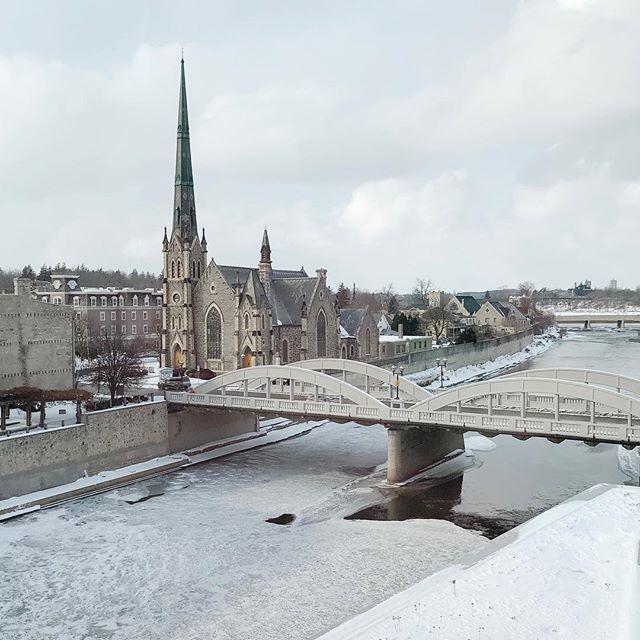 What a pretty little town 💕 #cambridge #galtlove