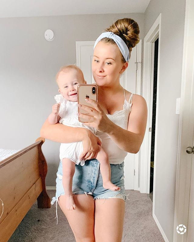There are very few things that make Harper happier than when she sees herself in the mirror 😂 . . My free people bralette is on sale at Nordstrom! It's so comfy and is basically a must have in your closet. Follow me on the LIKEtoKNOW.it app to check it out! http://liketk.it/2Dr9h #liketkit @liketoknow.it . . . .  #LTKbaby #LTKfamily #LTKkids #LTKspring #LTKsalealert #LTKstyletip #LTKswim #LTKunder50 #LTKunder100 #jillypresets #anthropologie #ltkheadband #abercrombie #gapbaby #sttropeztan #LTKsummer #harpergirl #selftanner #mirrorselfies #canadiangirls #canadianstyle #manitobamoms