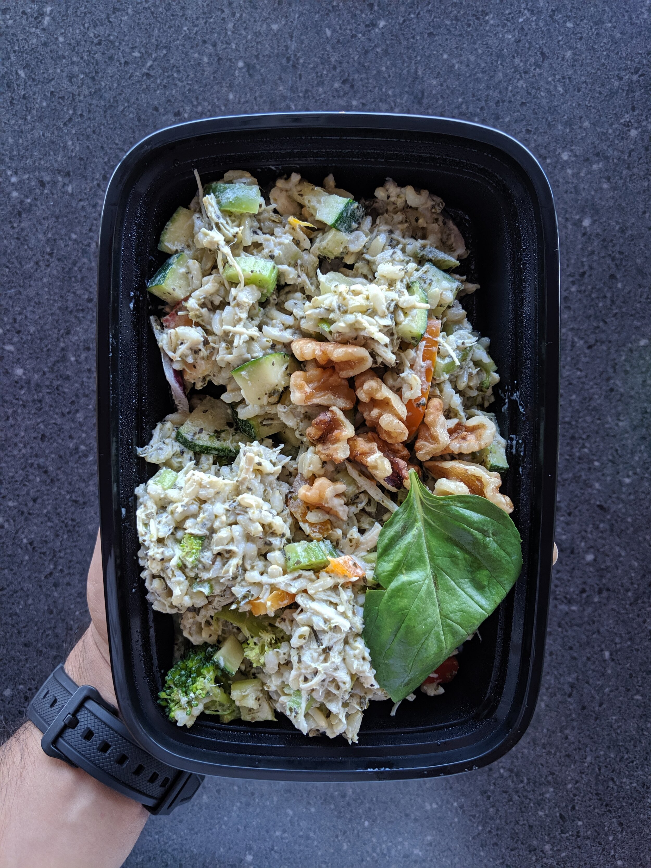 Pesto Chicken Broccoli w/Brown Rice