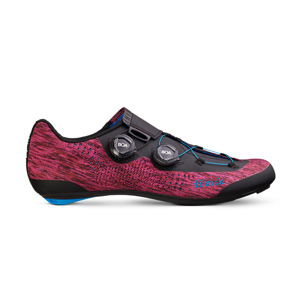 Infinito R1 Knit - Infinito R1 Knit is the first knitted pro cycling shoe ever. Along with its unique knitted material, the all-new Infinito Closure System, superior stiffness, weight-saving materials and the intelligent implementation of new technology make it the pinnacle of performance road shoe design.