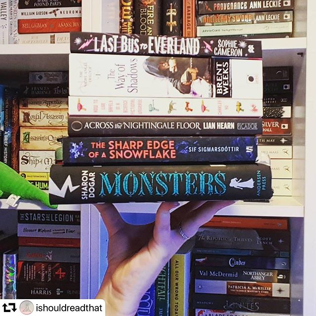 Justine very generously invited a few more books into her home because she's a very good person. #repost @ishouldreadthat ・・・ I went book shopping with my mum over the weekend, and let's just say that book buying runs in the family 😂. She sent me home with this big ol' stack of books!  What books have you recently purchased?  #bookstack #bookhaul #TBR #newbooks #sciencefiction #fantasy #youngadult #historicalfiction