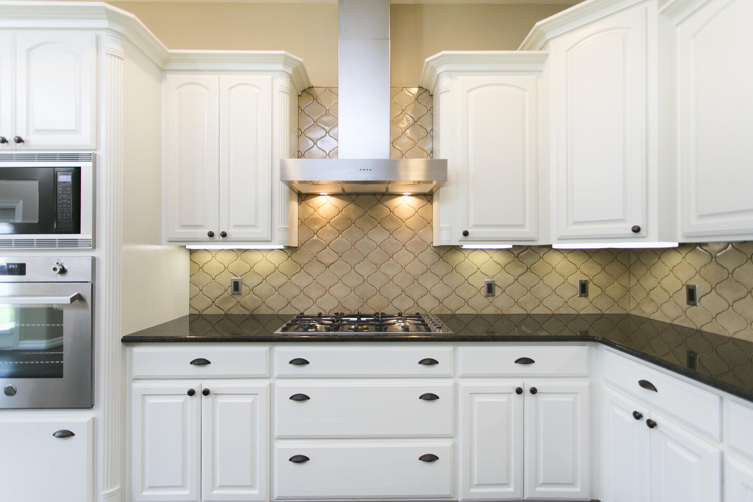Kitchen Six1.jpg