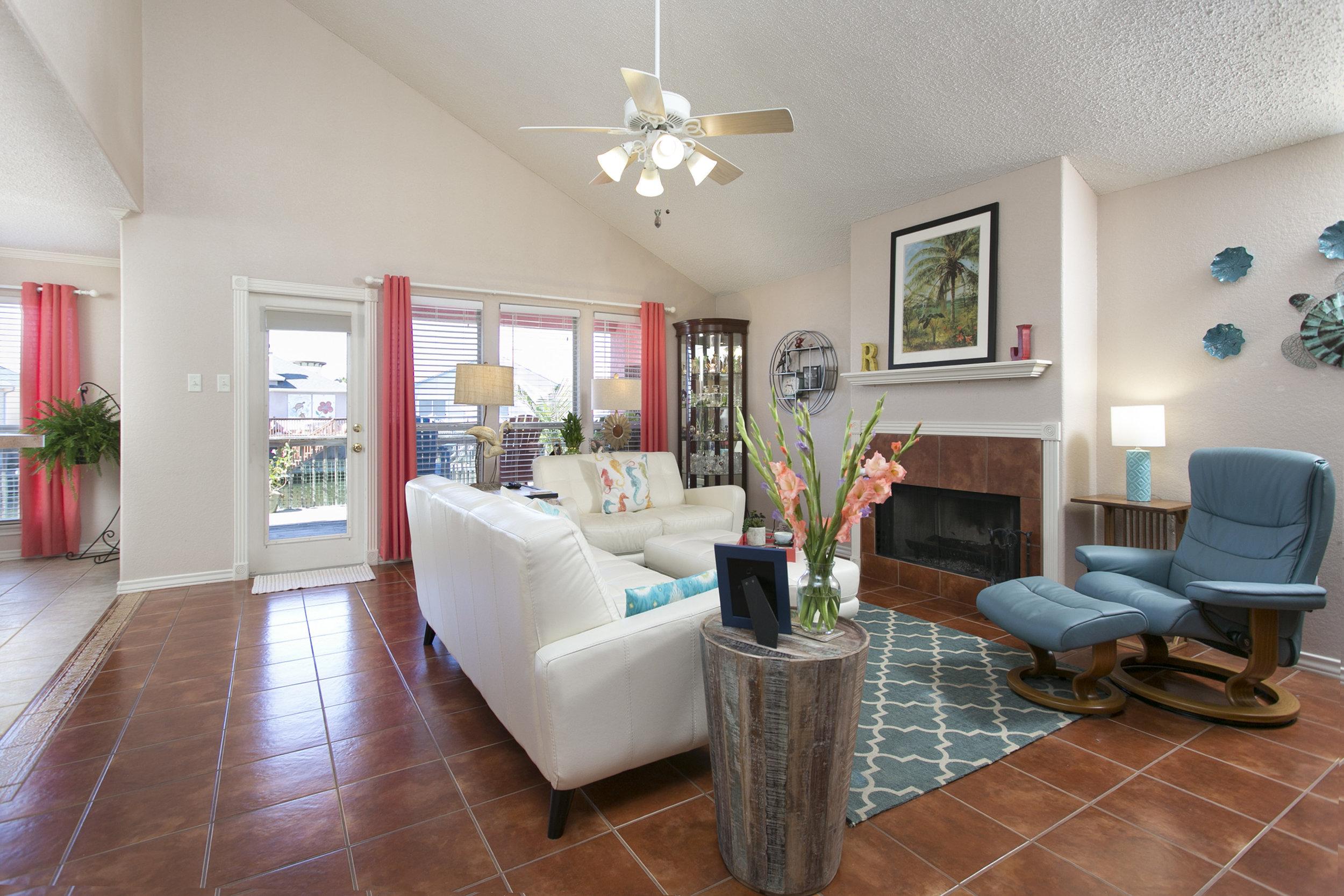 Living Room One1.jpg