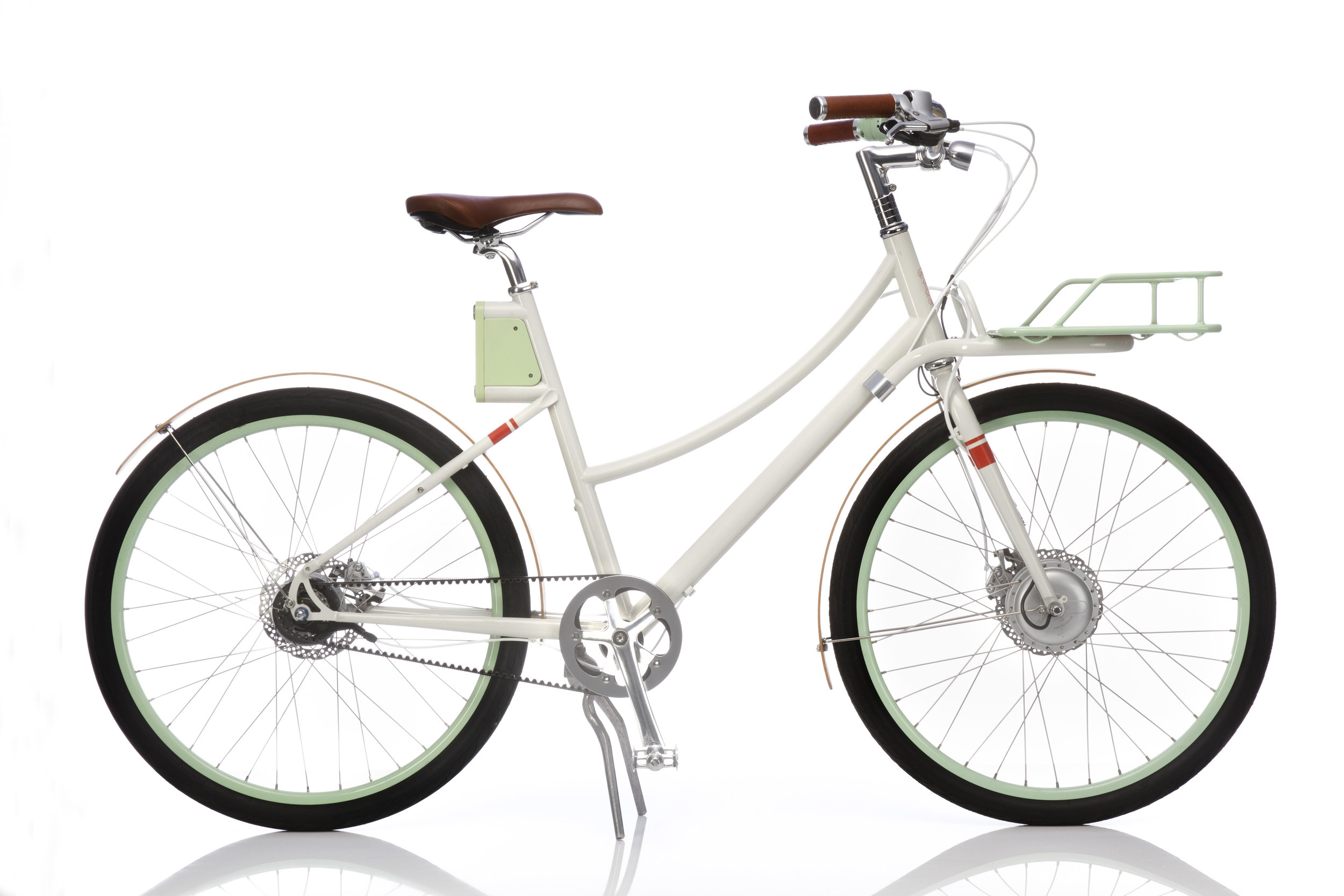 Faraday Bicycles - Bicycling made irresistible. Faraday is the ultimate electric-propelled, utility vehicle. Designed in an IDEO lab, faraday emerged into the market as a sleek, lightweight bicycle, great for conquering SF hills and replacing a car during a commute.