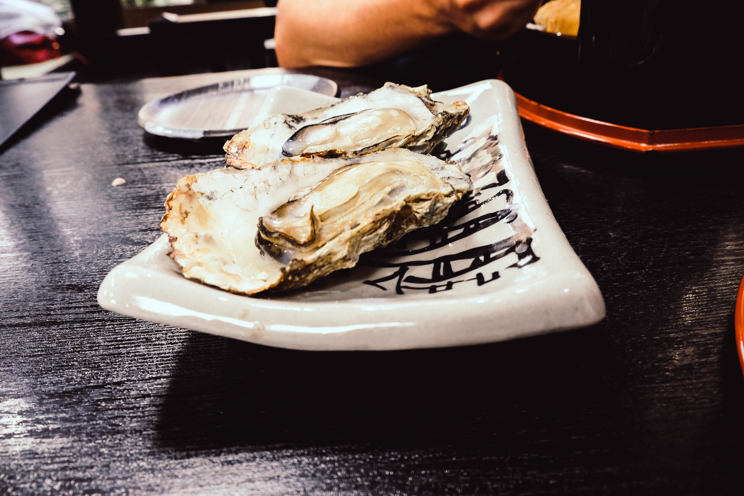 The culprit oysters.