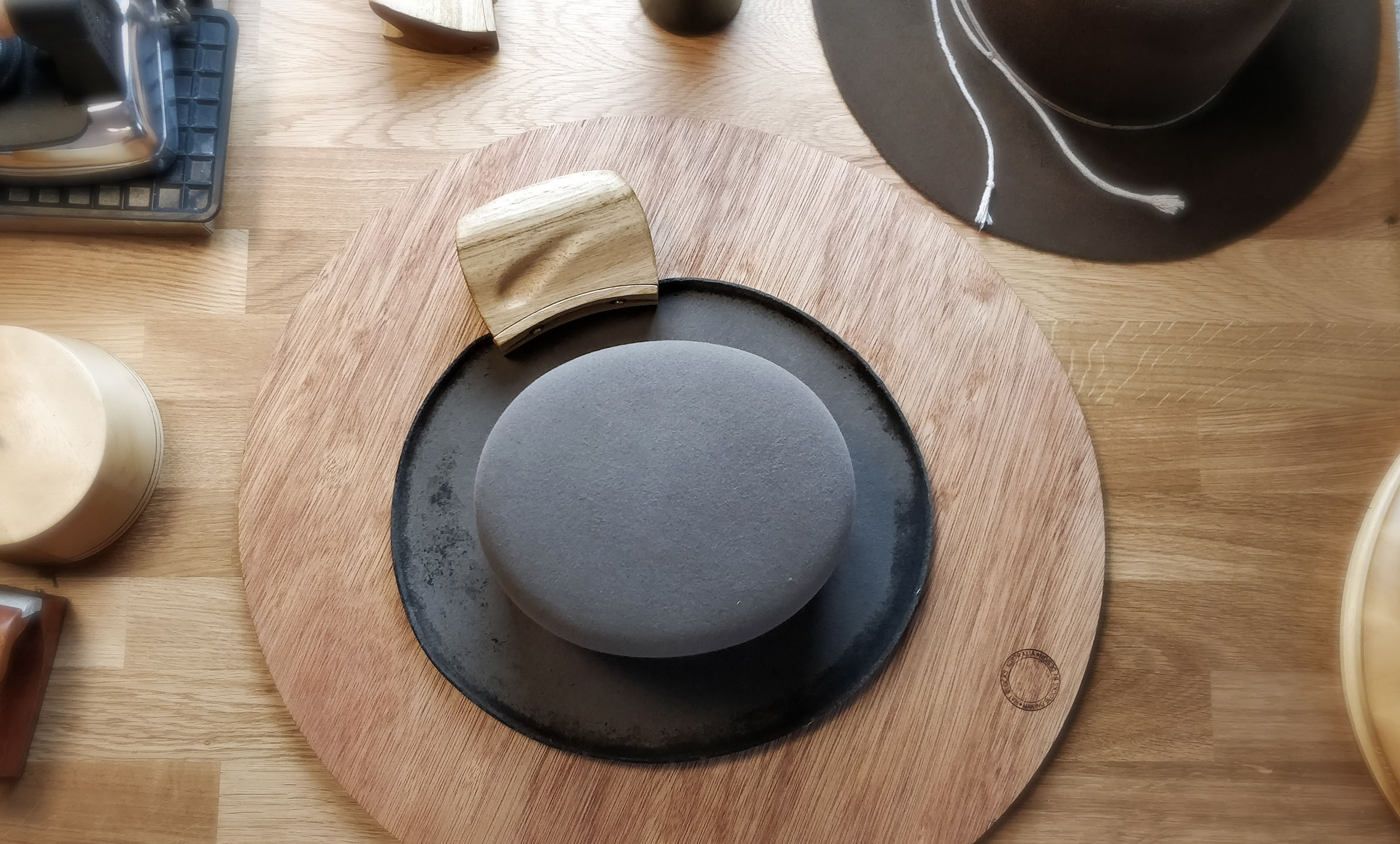 Curling the brim for a SVEN HOMBURG