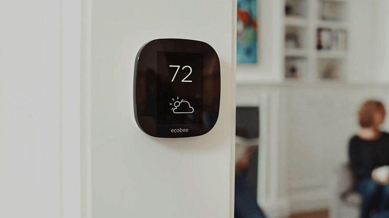 ecobee4-Amazon-Alexa-Smart-Thermostat-02.jpg