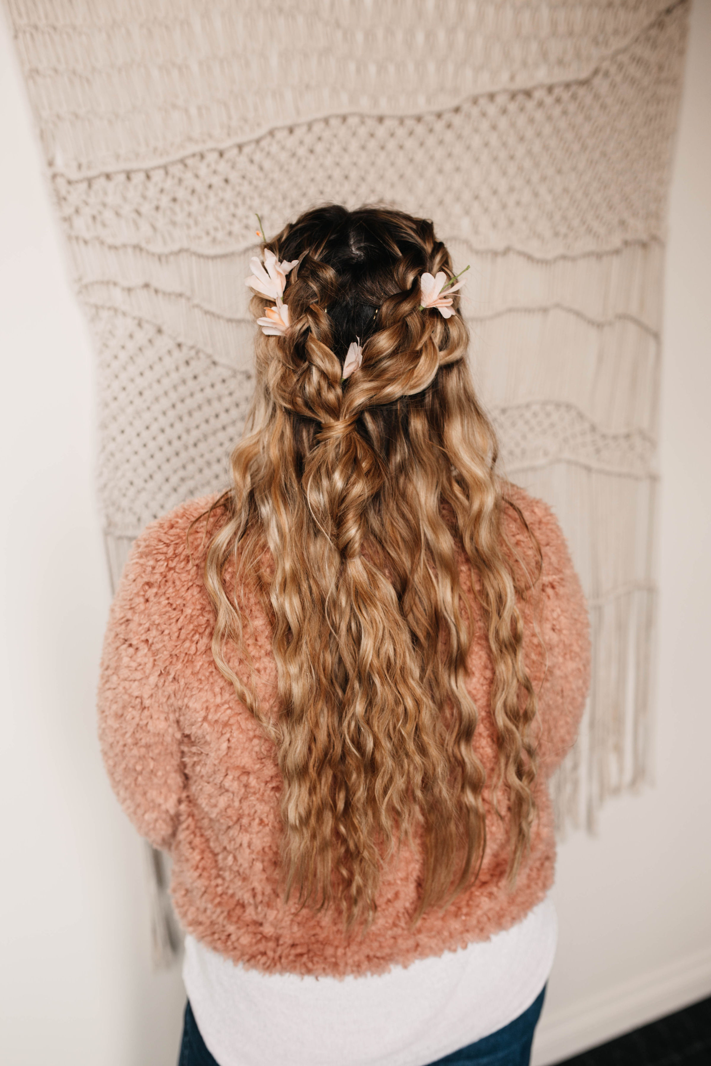Hand-Tied vs. Traditional Extensions - As you can imagine, hand-tied extensions are a lot more work compared to other types. Because each small bit needs to be tied into your hair by hand, this process often takes a bit longer than tape or other types of bead extensions. However,  JC Hairologist specializes in hand-tied extensions, and makes sure that the salon experience is second-to-none. Because the track is made with just your hair and the beads on the extension, you'll feel 50% less tension than other types of extensions, and it's way less invasive too!Please get in contact if you have any questions about what the hand-tied extension process is like, and if you're interested, schedule your appointment today to get your hand-tied extensions in Salem, OR!