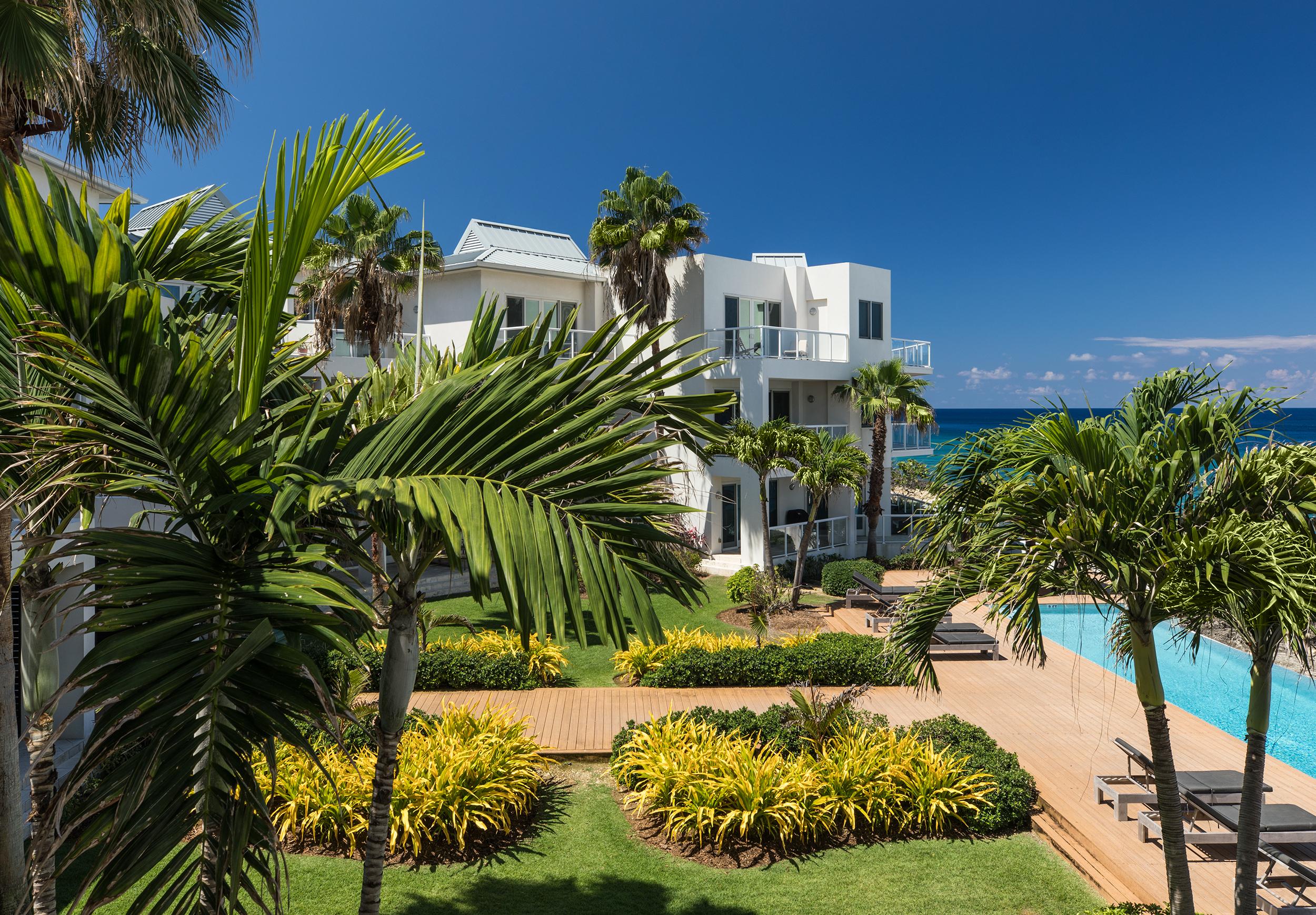 Bronte-Cayman-Island-Seaview_011.jpg