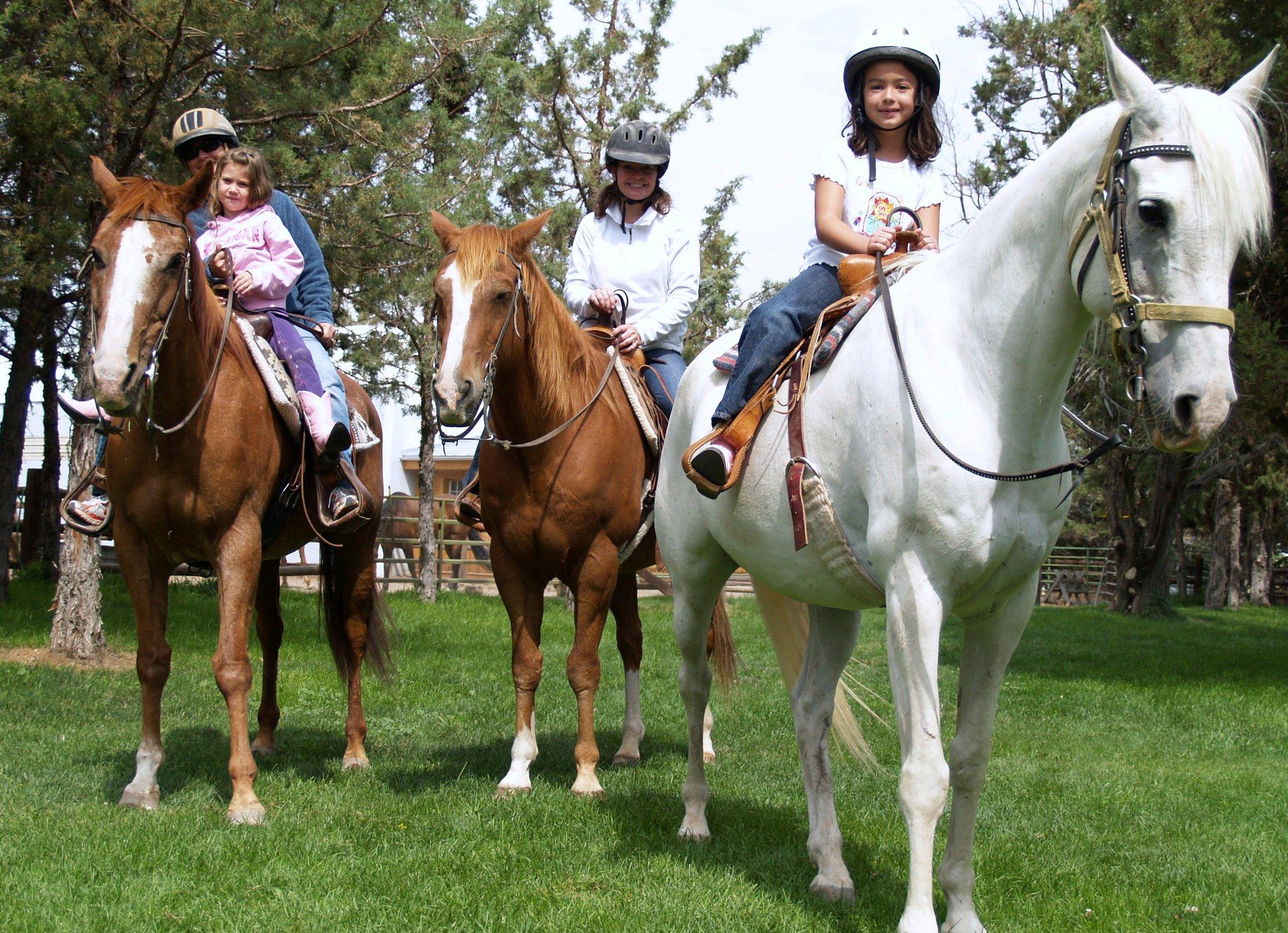 trail-ride-family.jpg