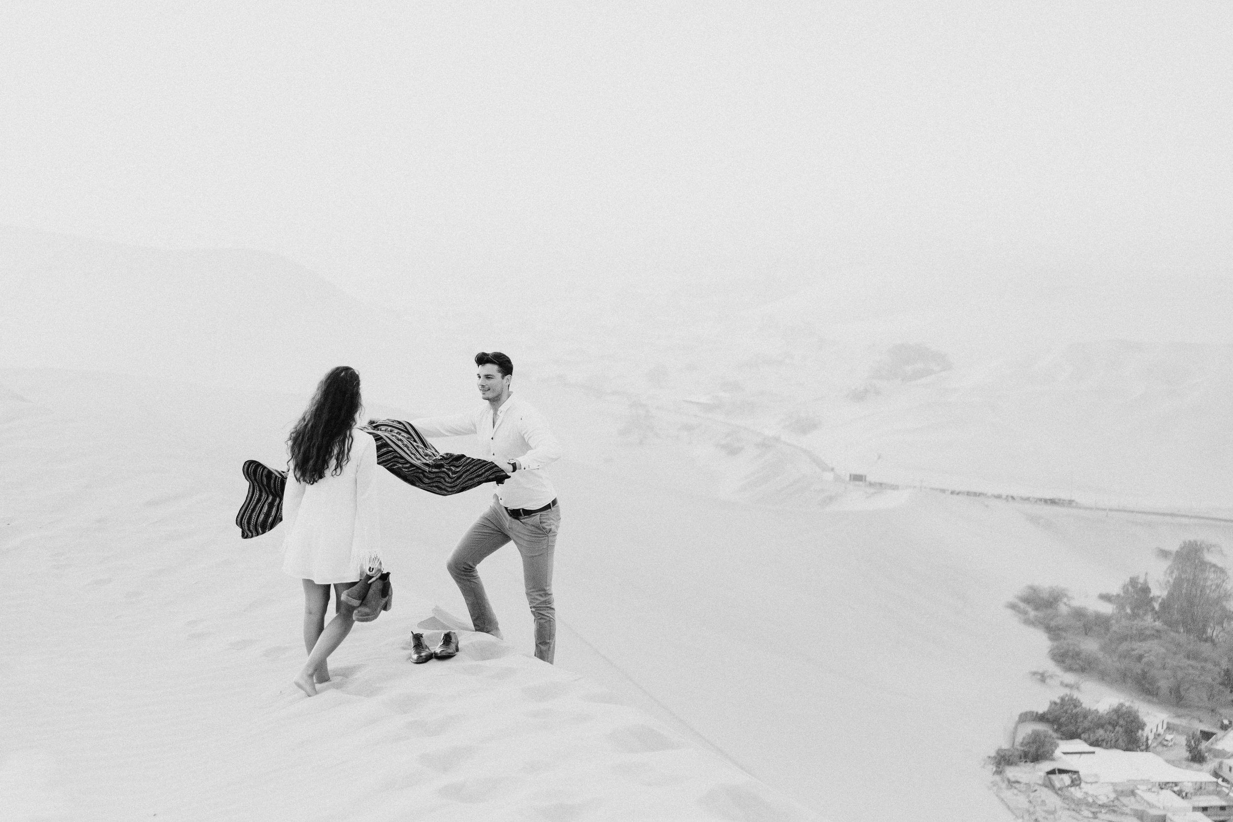 huacachina-peru-honeymoon-elopement-destination-wedding-photography-michael-cozzens-18.jpg