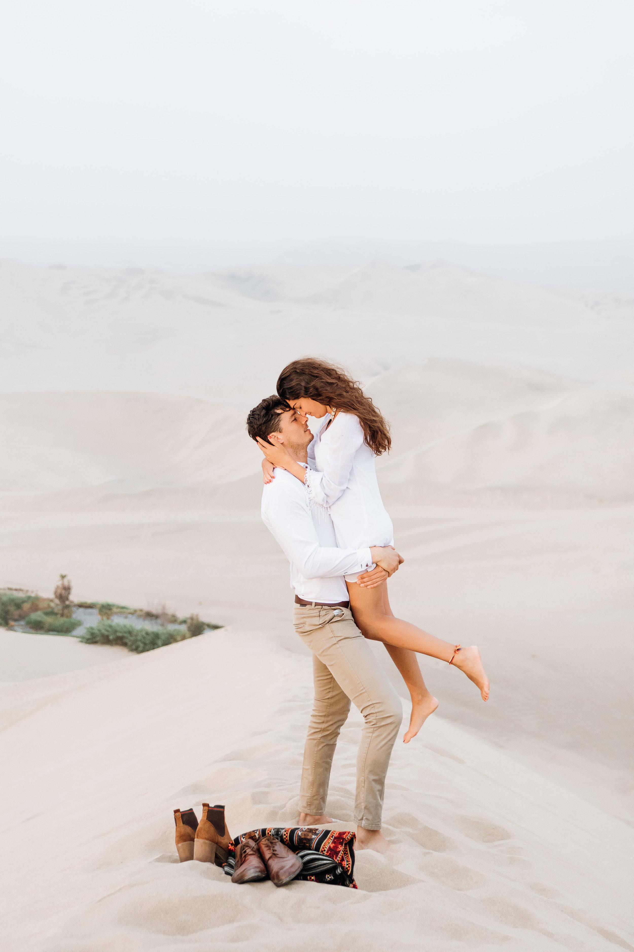 huacachina-peru-honeymoon-elopement-destination-wedding-photography-michael-cozzens-9.jpg
