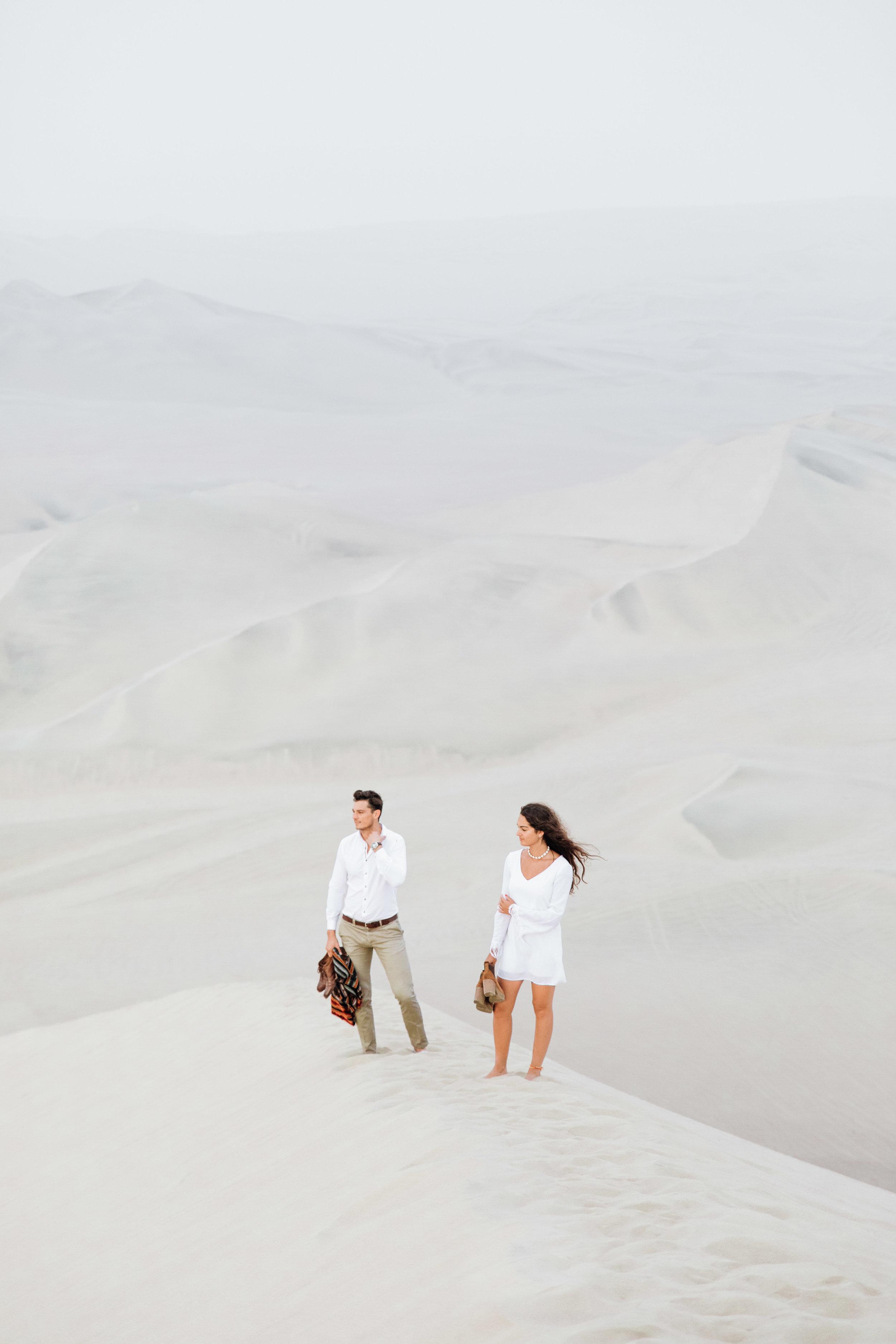 huacachina-peru-honeymoon-elopement-destination-wedding-photography-michael-cozzens-14.jpg