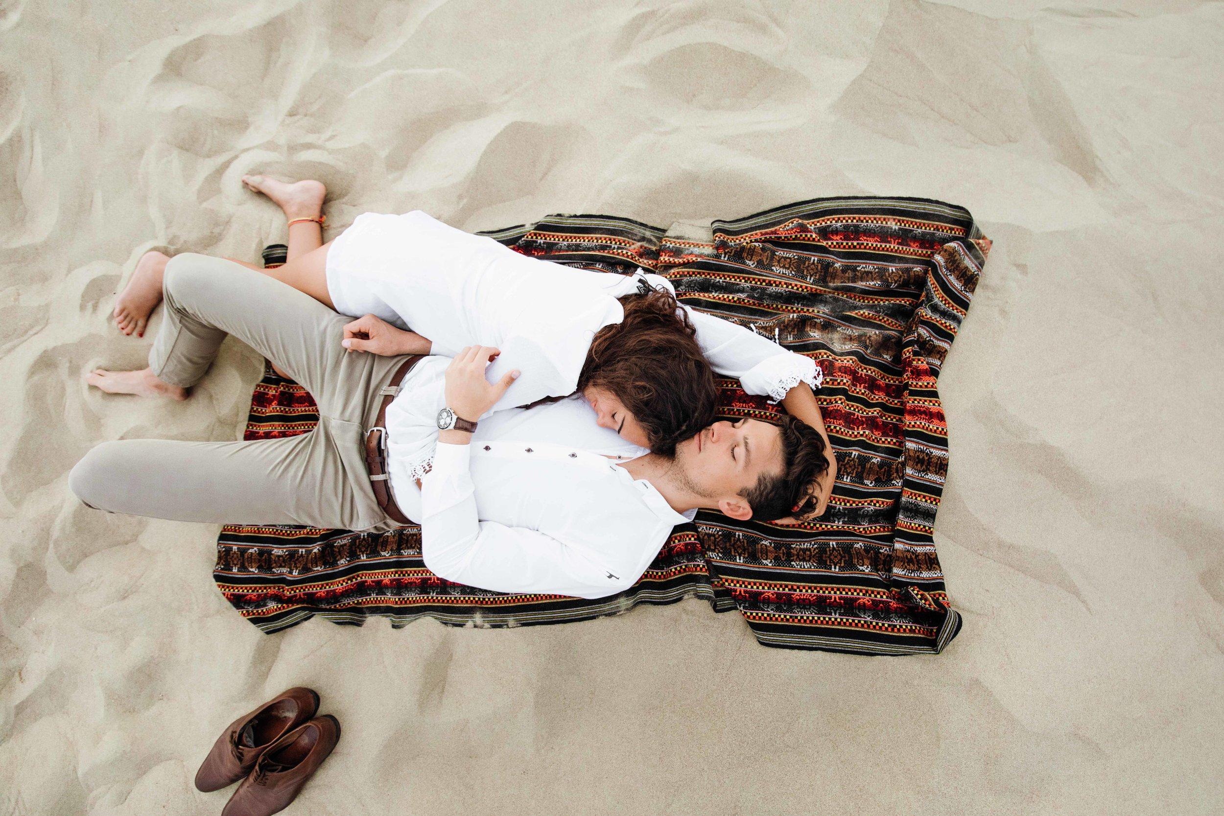 huacachina-peru-honeymoon-elopement-destination-wedding-photography-michael-cozzens-21.jpg