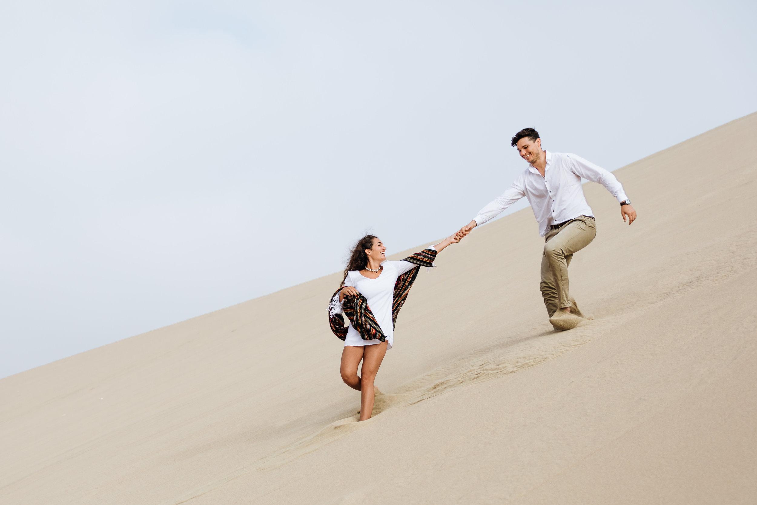 huacachina-peru-honeymoon-elopement-destination-wedding-photography-michael-cozzens-44.jpg
