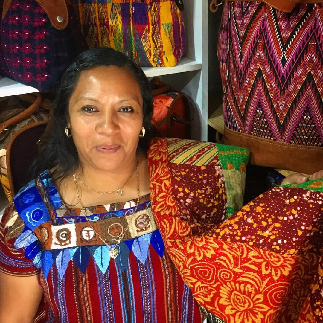Zoila of Panajachel, designer of convertible bags, clutches and leather purses.