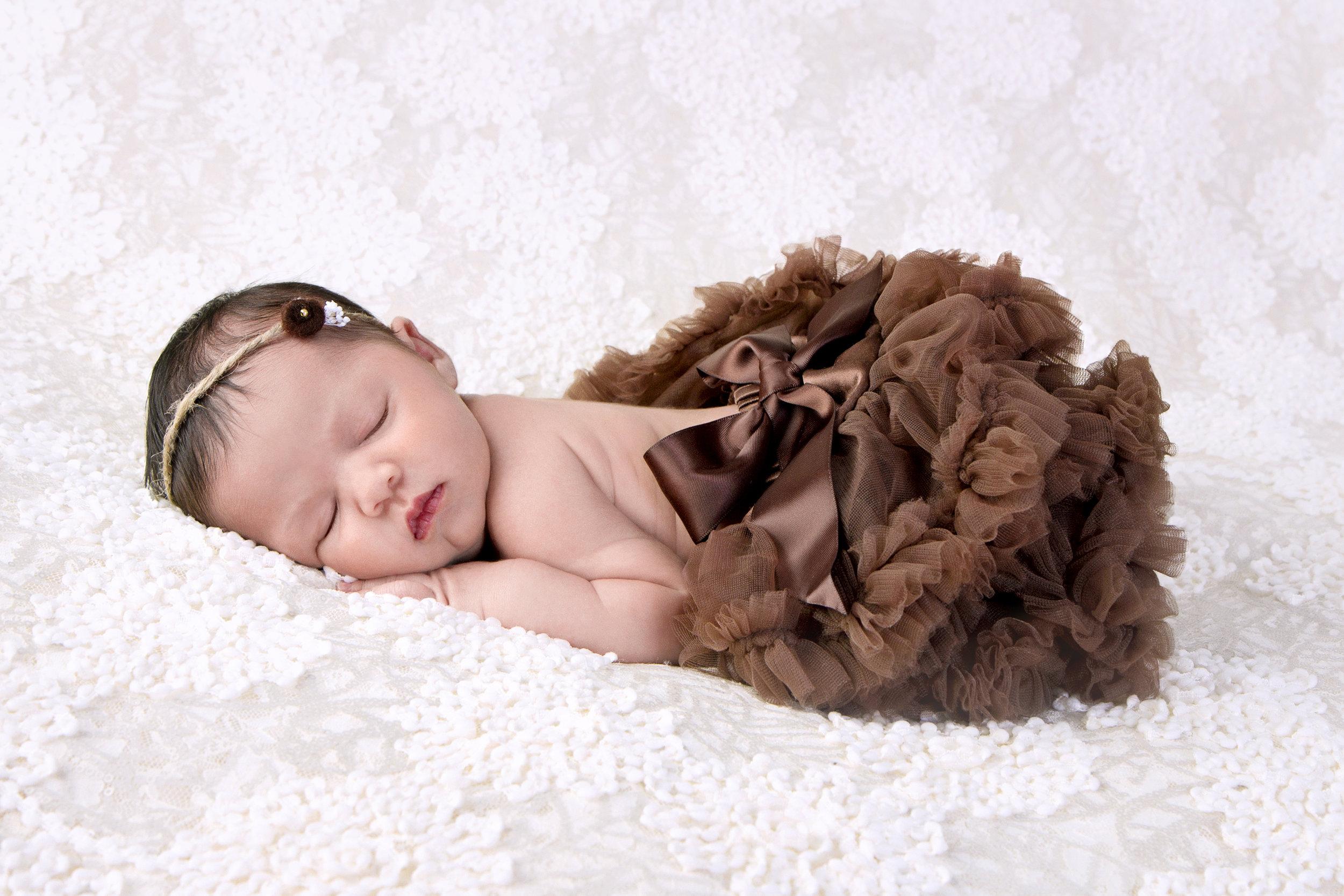 newborn girl pettiskirt.jpg
