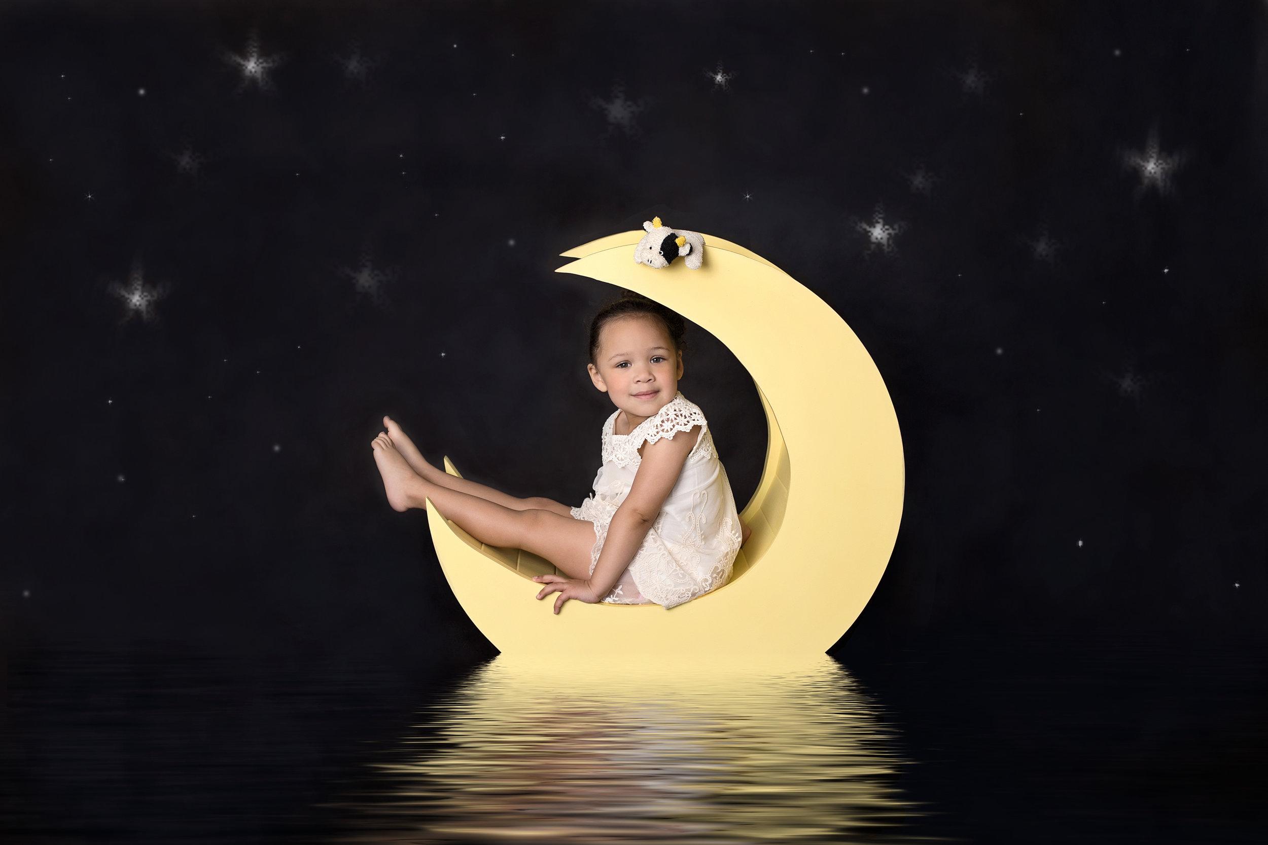 rozy moon.jpg