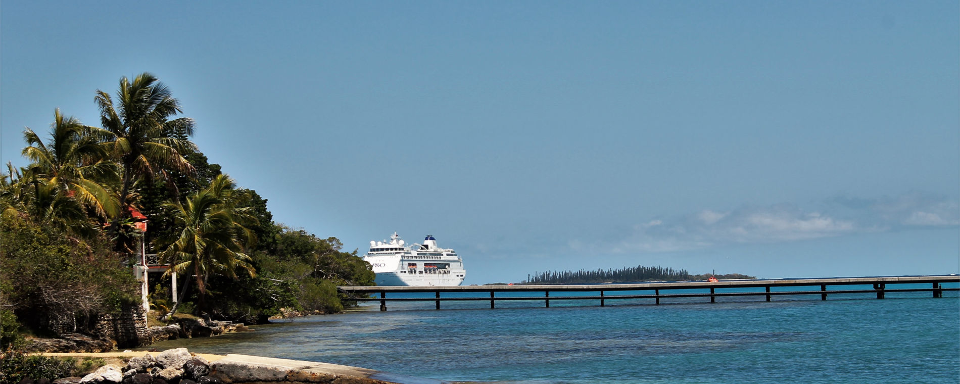 isle-of-pines-with-ship.jpg