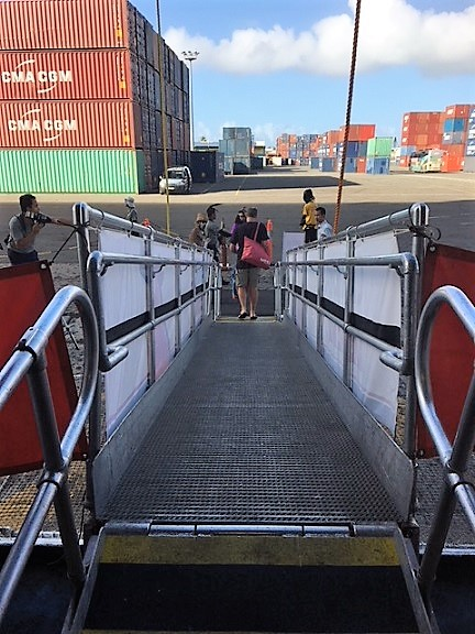 gangway-to-leave-ship-at-container-port.jpg