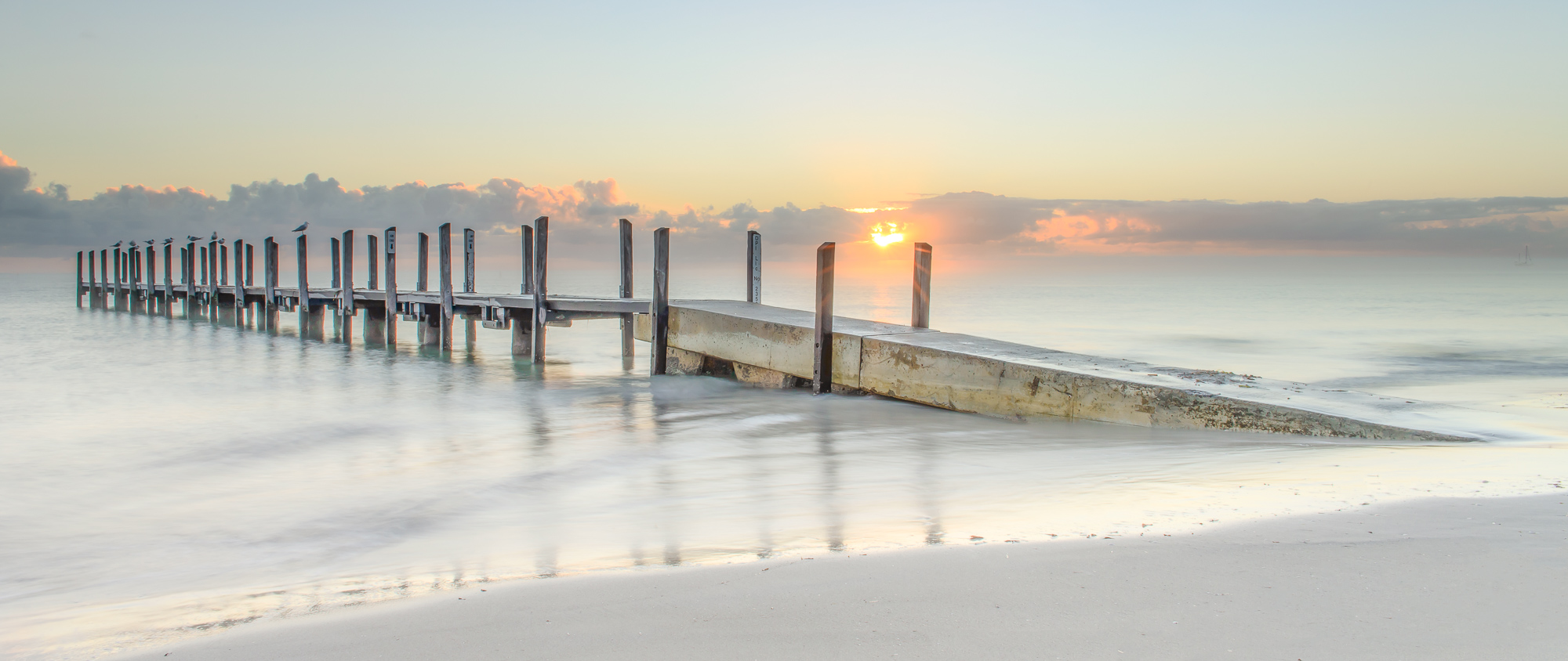QUNIDALUP JETTY