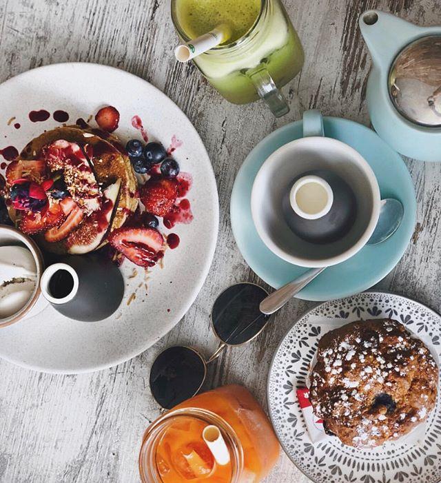 It's a pancake & muffin kinda day 🌧🥞 . . . . 📸 thanks to @shanayerobson