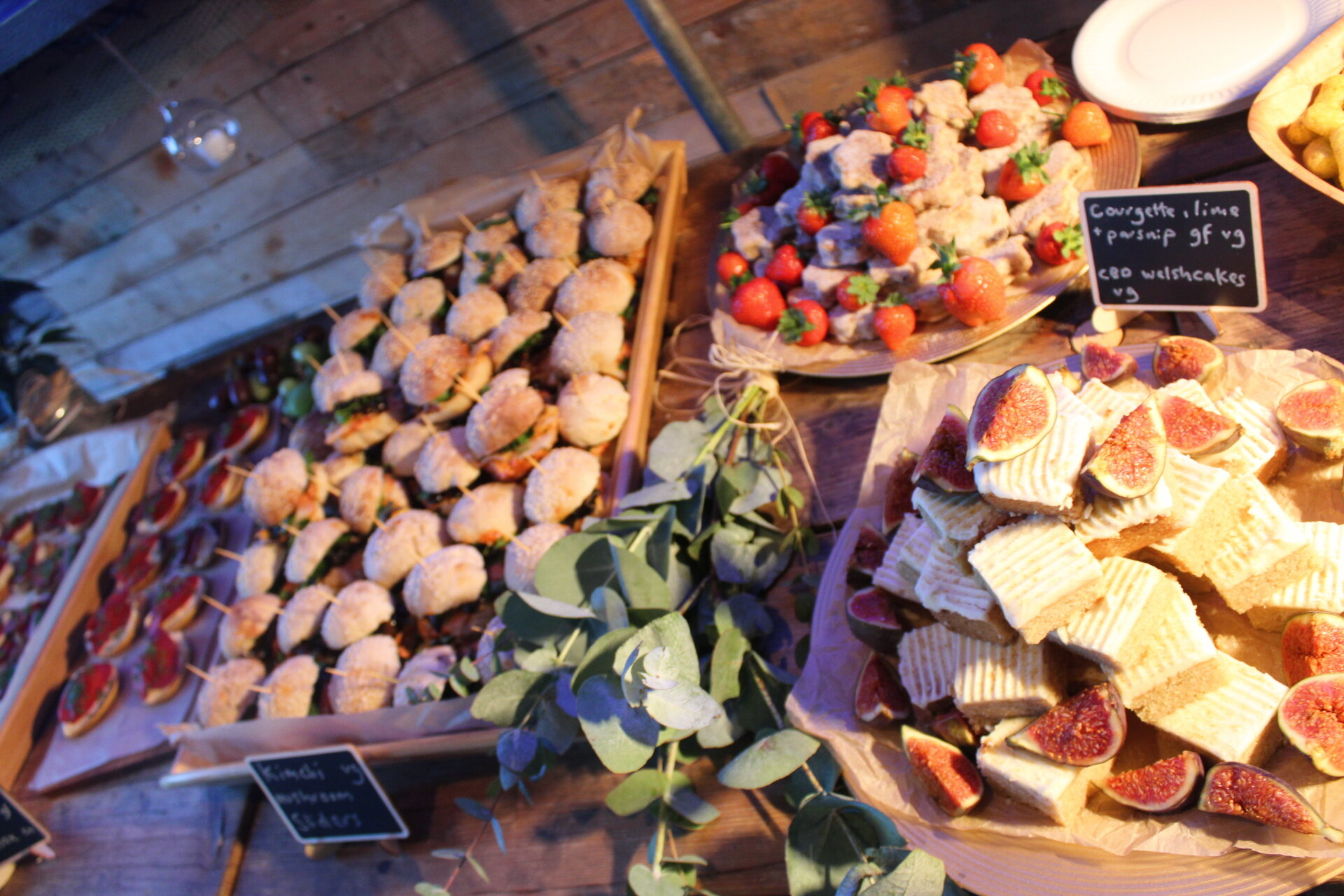 Vegan catering with the seasons and creativity in mind -