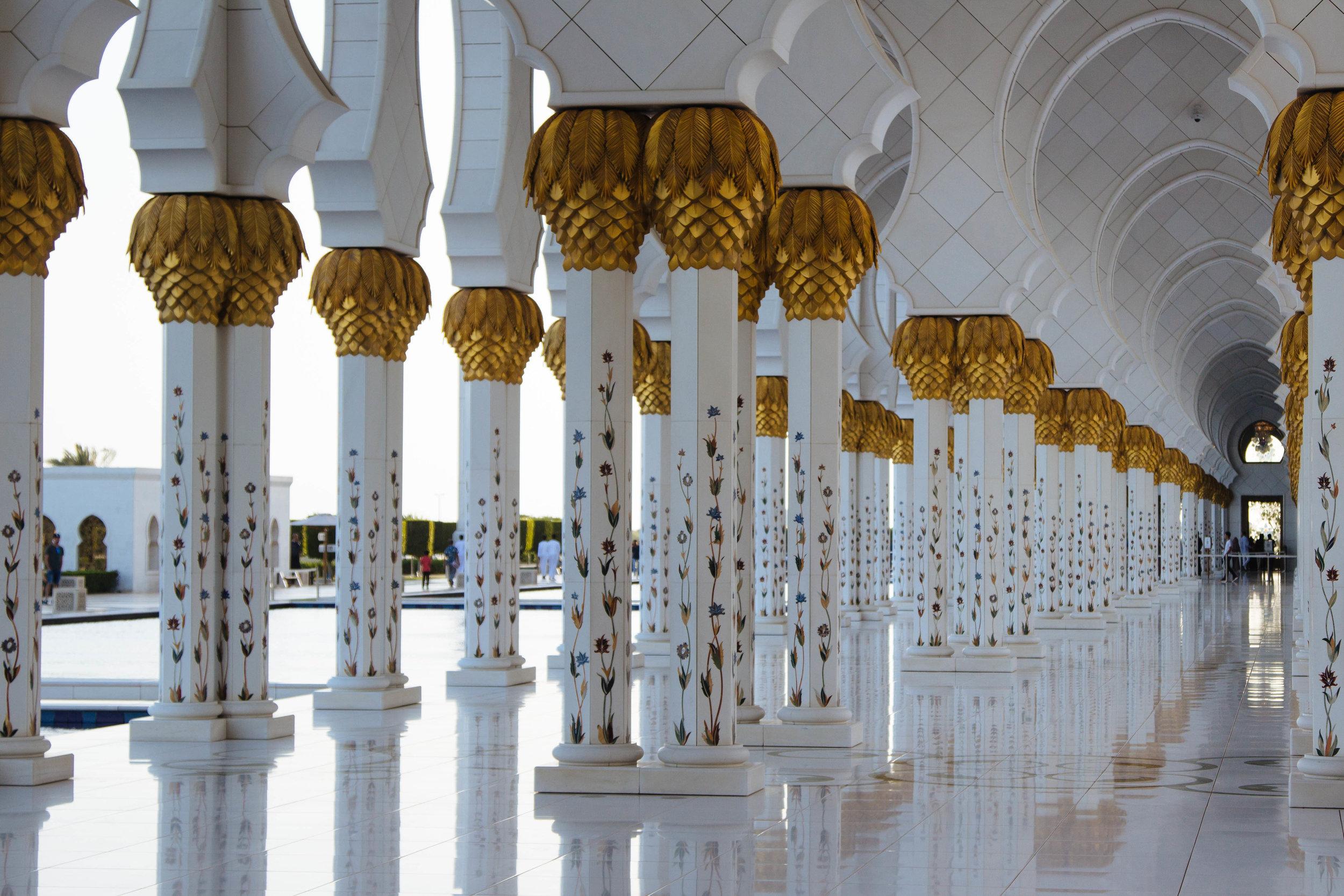 cloister grand masjid abu dhabi