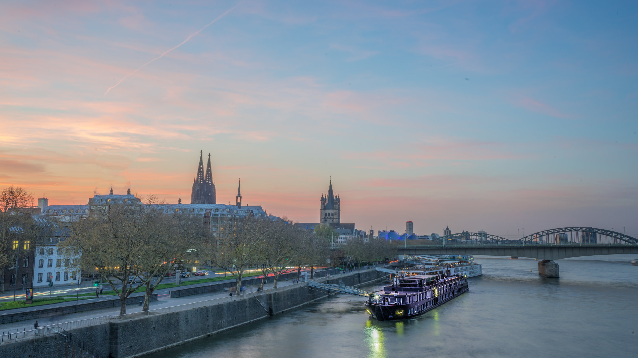U-TheA-Exterior-Cologne-Sunset.JPG