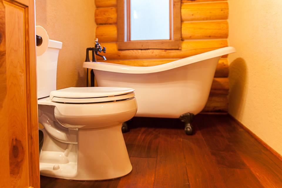 casita photo bathroom.jpg