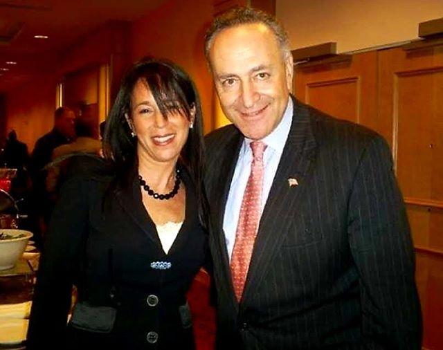 Charo Ezdrin & US Senator Chuck Schumer!! What a special day!  @chuckschumer  #BetterCallCharo #ezdrinwoods #chuckschumer #senator #nassaucounty #suffolkcounty #longisland #ny #newyork #newyorklike #criminallaw #lawyerlife #criminaldefense #lawyer #familylaw #divorce #girlboss #likes #likesforlike #photooftheday #picoftheday #like4like #followme #likeforfollow #photooftheweek #attorneyadvertising