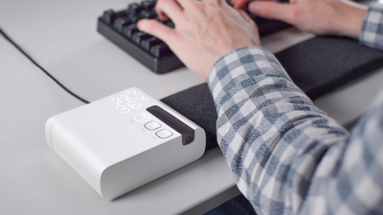 Stratum Thermal Comfort Desk Mat Studio Elk