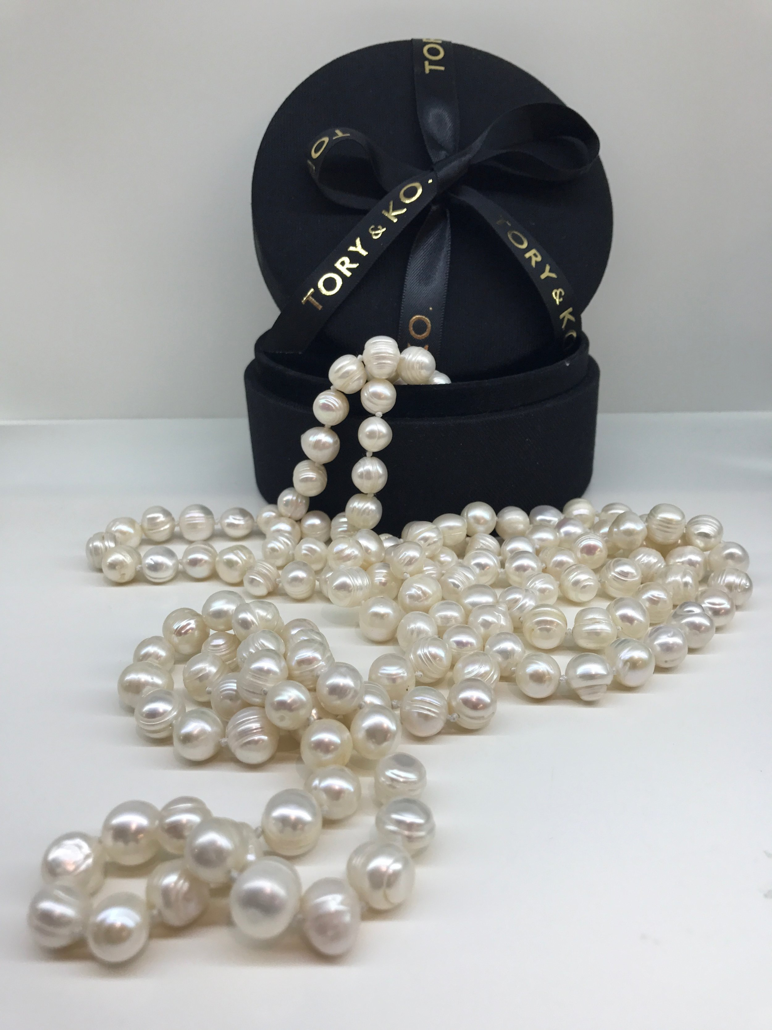 2018 Pearl Rope Valued at $1,000 donated by TORY & KO. for The Neonatal Trust Charity Auction