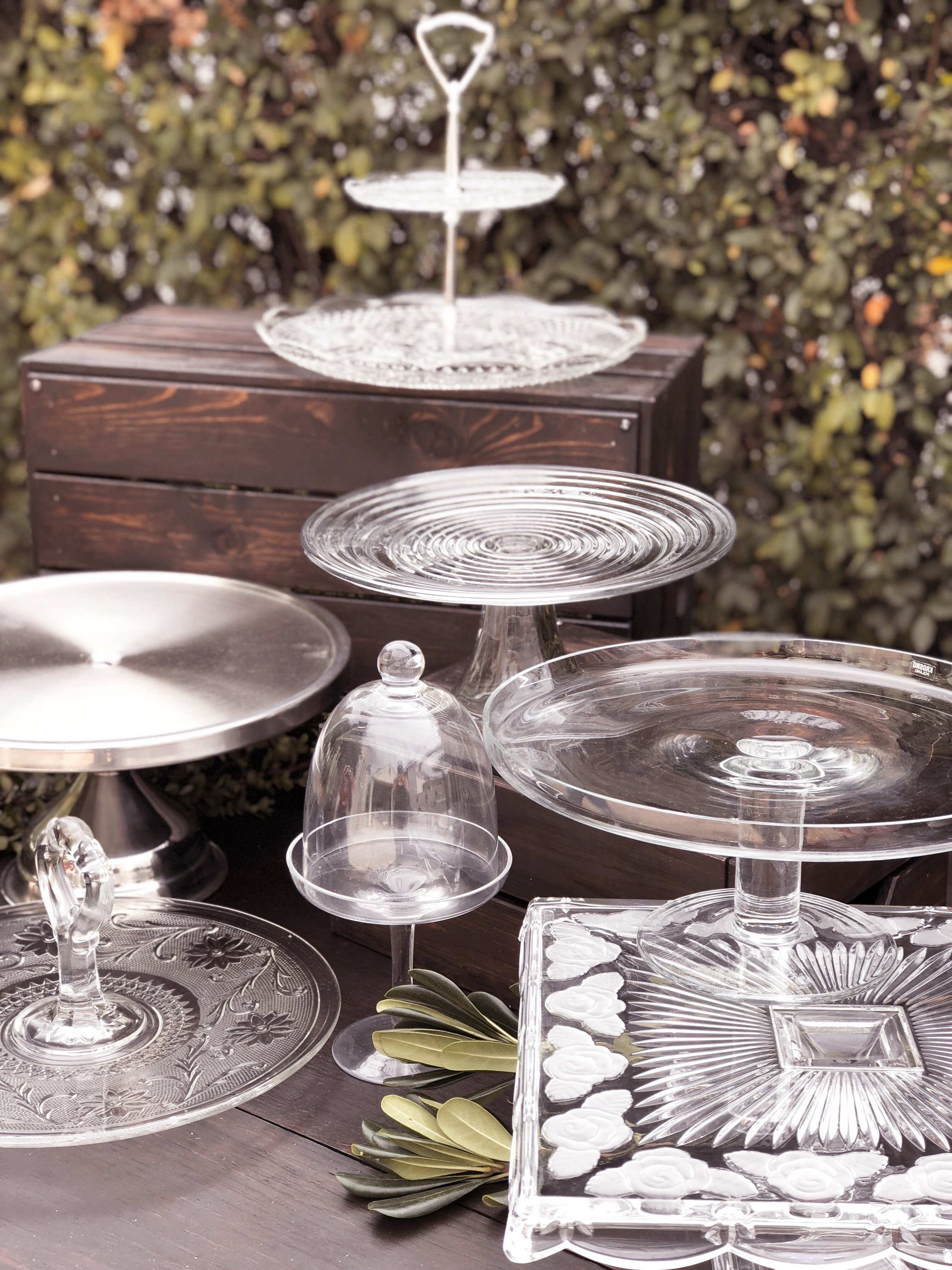 Cake plates and Platters