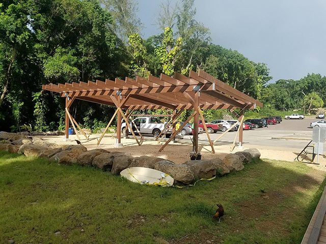 Very excited for the shuttle stop structure at Ke'e. Mahalo state parks and Matt Hunter, MAC, Jonah, Hui Maka'ainana o Makana and all who helped.