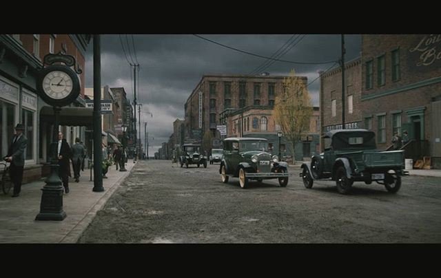 Another matte painting created for Netflix feature '1922' with Siamese studio. Original plate was shot in a Vancouver backlot... All the buildings signs powerlines and roads after the first couple are 3d mattes #mattepainting #1922 #stephenking #3d #vfx #netflix #vray