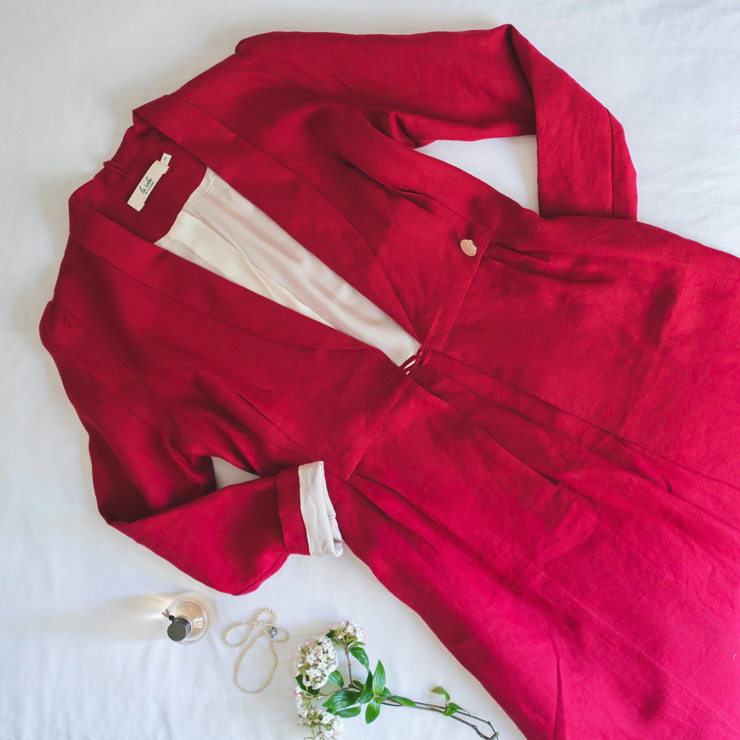 Rouge Dans Une Chambre audrey rouge & ivory — la robe de chambre