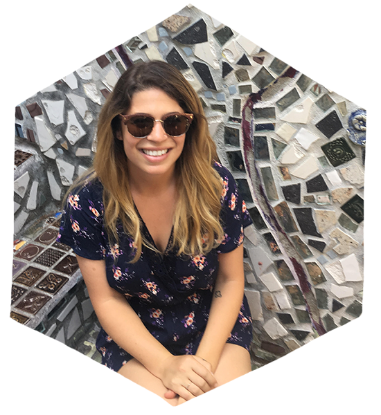Arianna Passaro earned her BA in Anthropology from Northeastern University and worked in consulting before volunteering in Sri Lanka in 2016. This reignited a passion for early childhood education. Arianna is now an assistant preschool teacher at Luria Academy of Brooklyn.