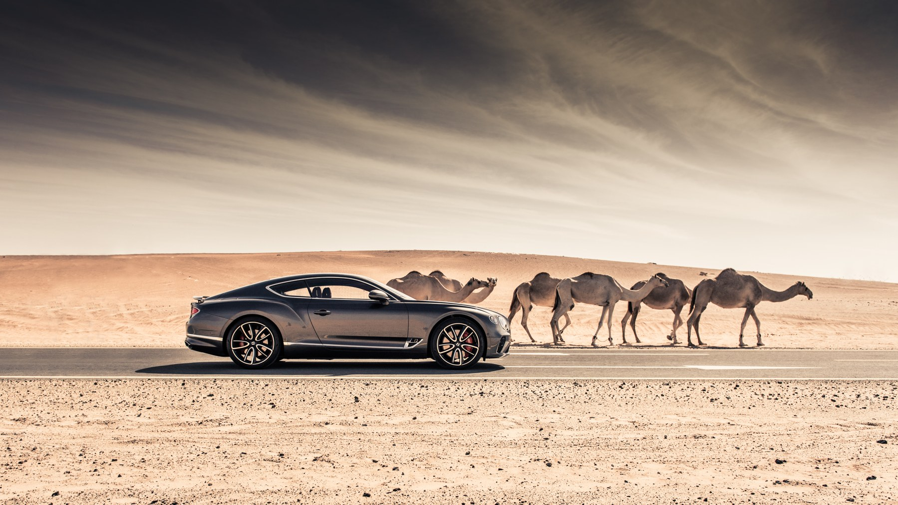 Bentley Continental GT named Middle East Car of the Year.jpg