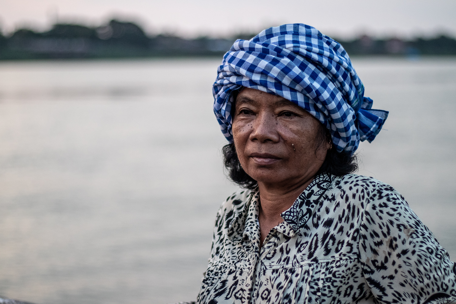 A photo of a Cambodian lady wearing a krama captured in Phnom Penh.
