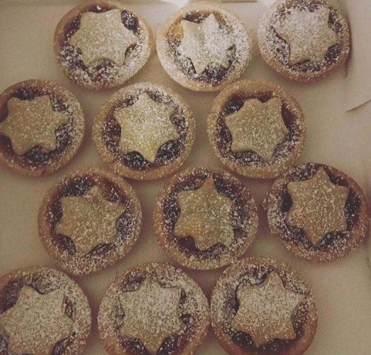 Shelley's Mince Pies.jpg