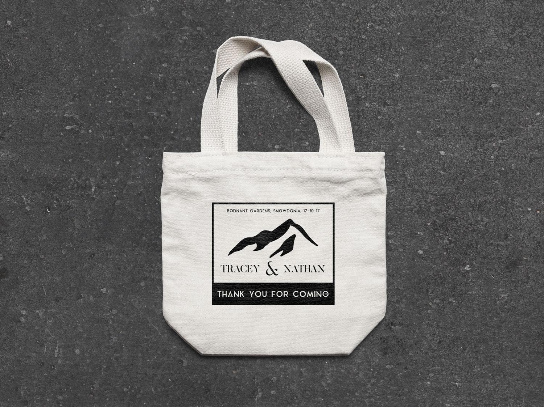 Tote-Bag-MockUp.jpg