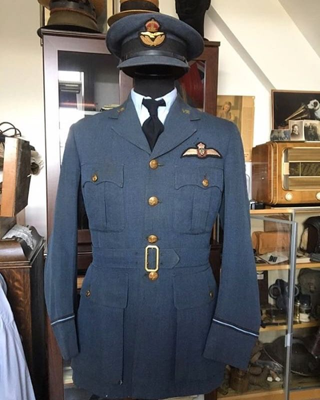 Thanks to @loic.anthoons for sharing a picture of this Hector Powe RAF Pilot Uniform from his collection. Made for CI Pryce in April 1942 at our Regent Street store in London.  #hectorpowe #heritage #raf #ww2 #madeinengland #secondworldwar #royalairforce #pilot