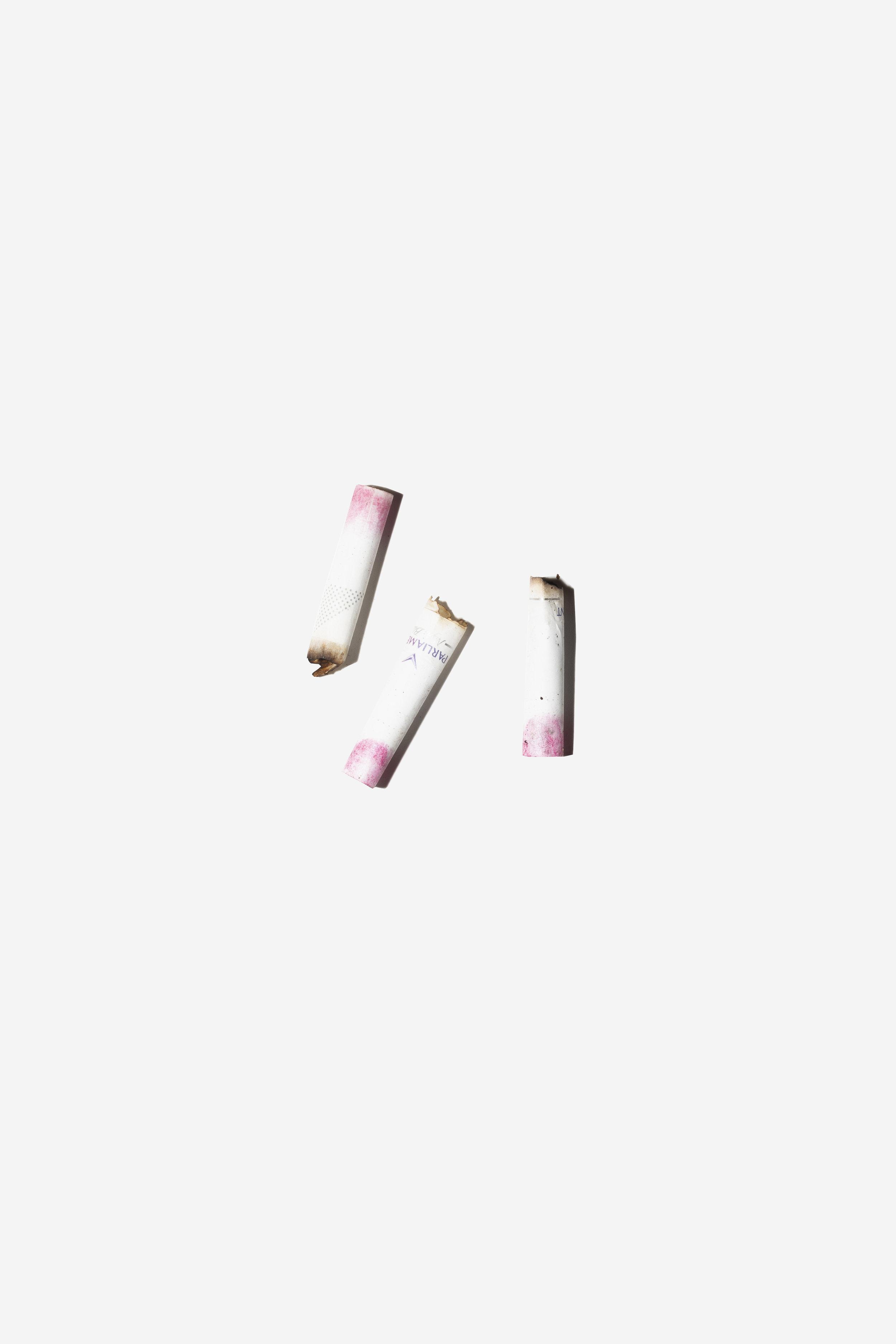 Zigaretten mit Lippenstift