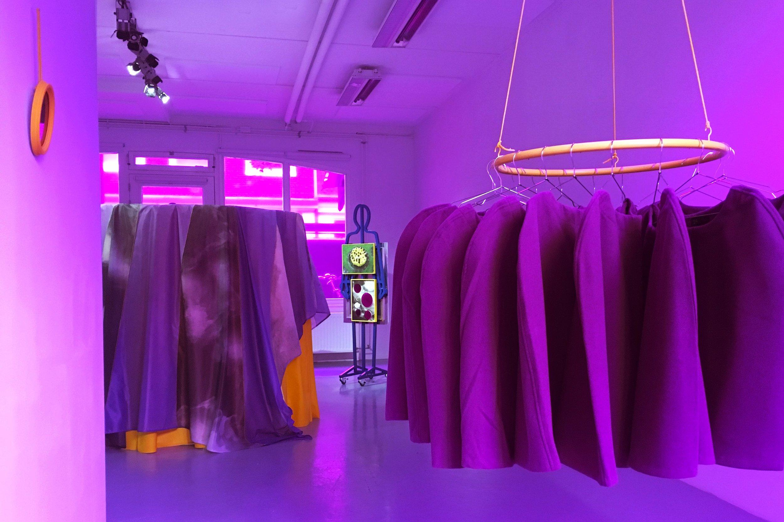 Cindy Moorman, the Object, Dapiran Art Project Space_installatie 02-min.jpg