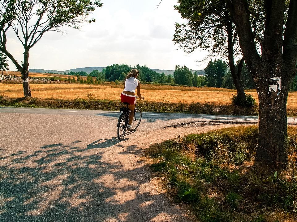 yoga-retreat-tuscany-electric-cycling-experience-retreats.jpg