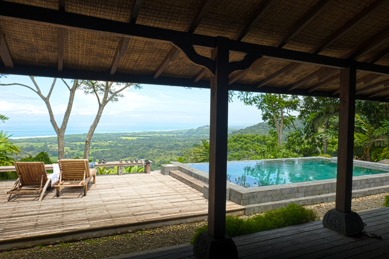 costa-rica-yoga-retreat-venue-experience-retreats_bali_view_pool.jpg