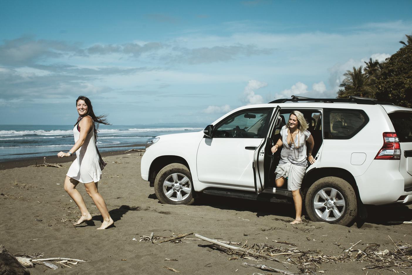 costa-rica-yoga-retreat-venue-experience-retreats-_beachcarpeople_wildleadership.jpg